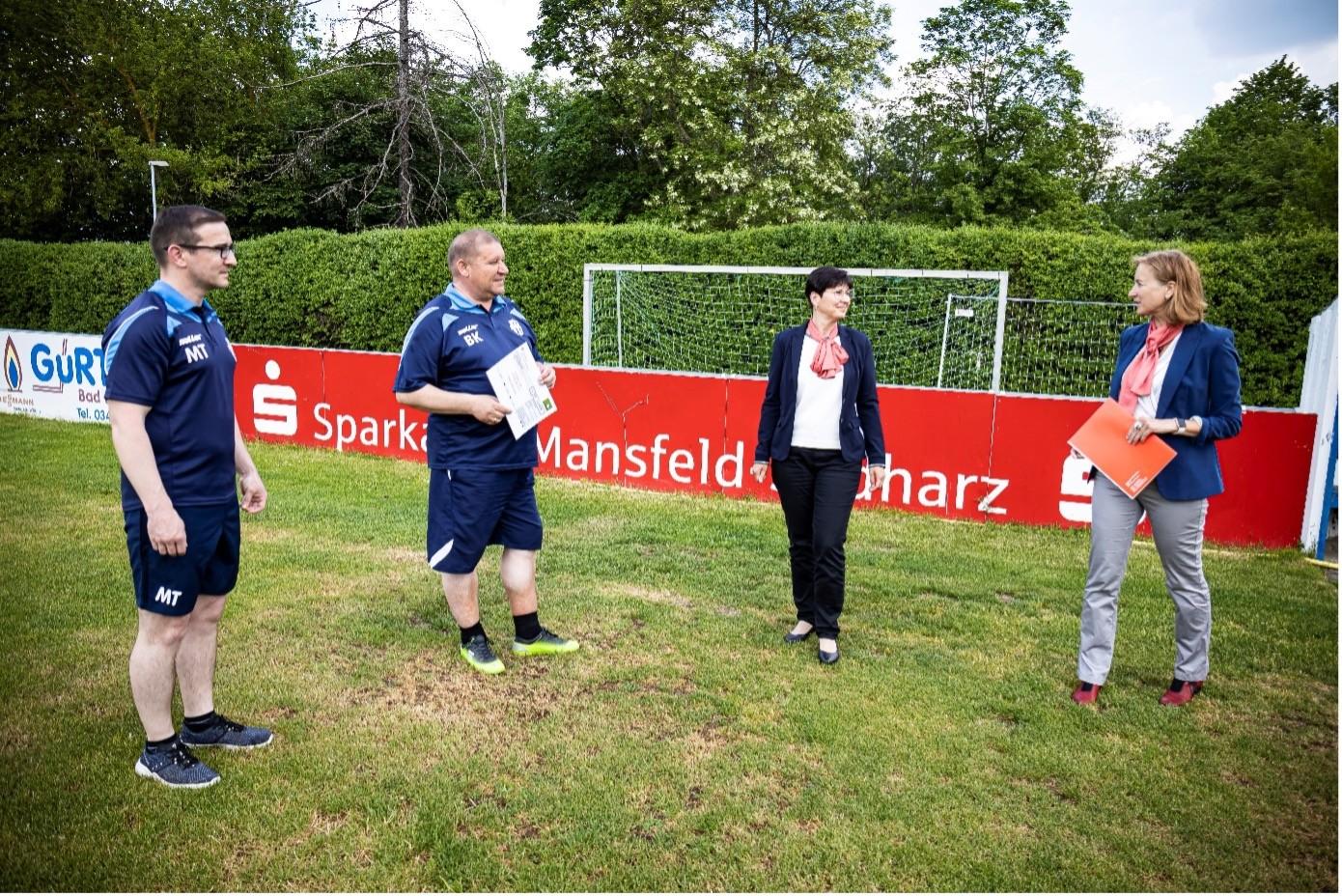 Sparkasse Mansfeld-Südharz unterstützt den FCH